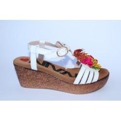 Sandalia blanca Nival